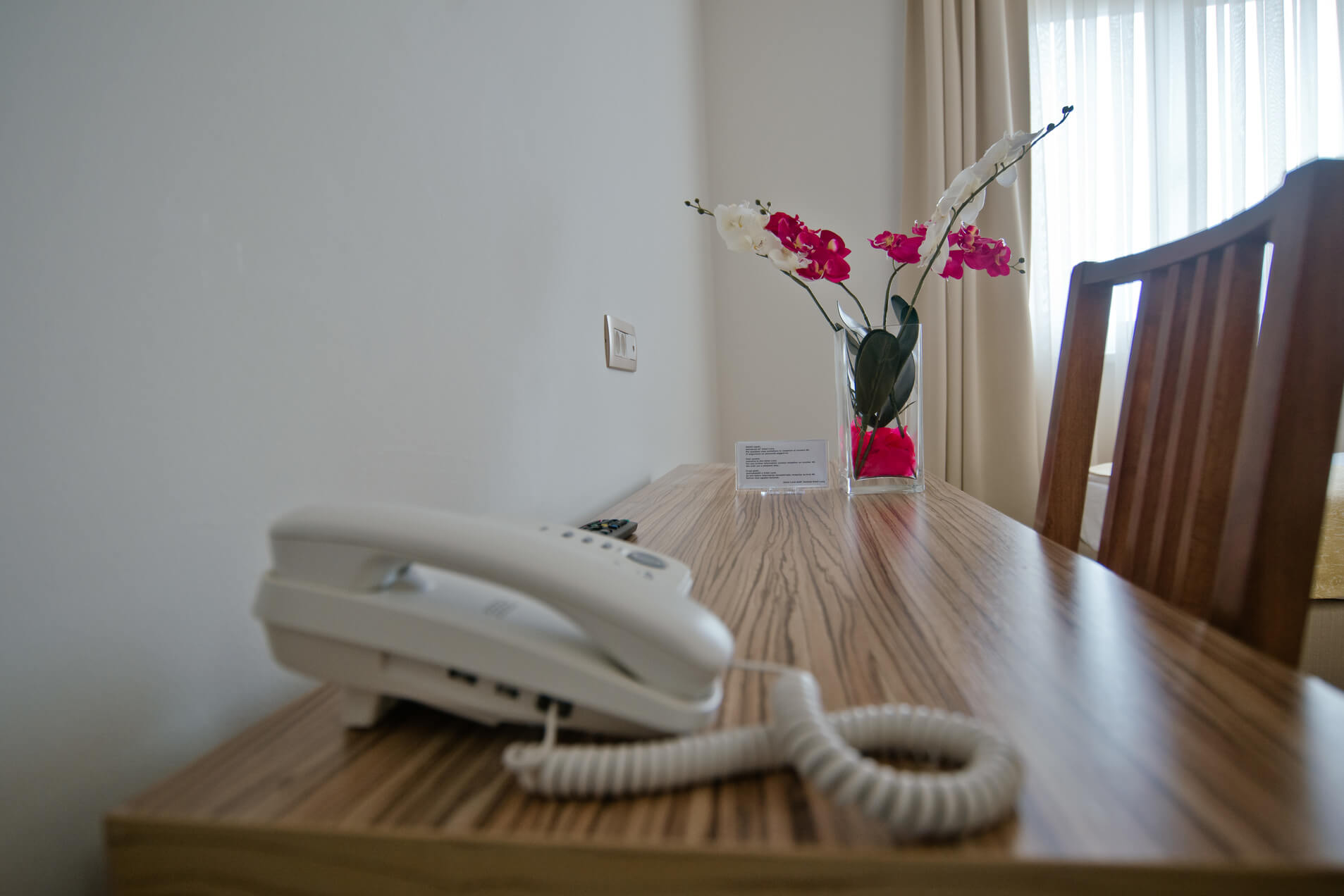 Telefon/Telephone/Telefono